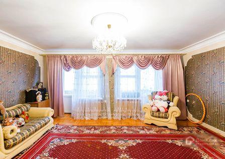 Продаётся 3-комнатная квартира, 103.5 м²