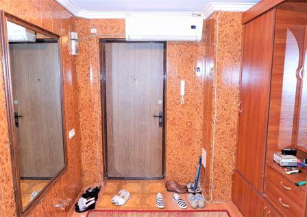 Продаётся 4-комнатная квартира, 80.4 м²