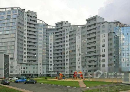 Продаётся 6-комнатная квартира, 234.6 м²