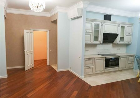 Продаётся 2-комнатная квартира, 93 м²