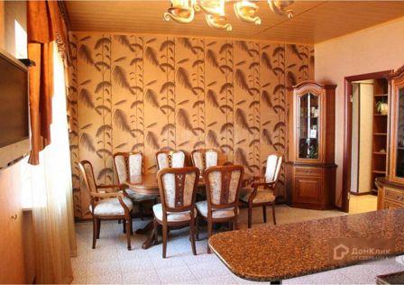 Продаётся 6-комнатная квартира, 233.6 м²