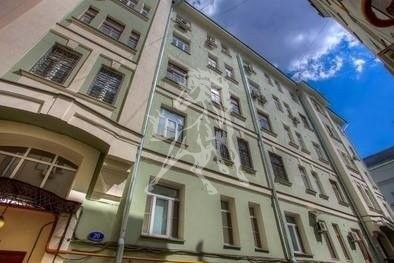 Продаётся 5-комнатная квартира, 189 м²