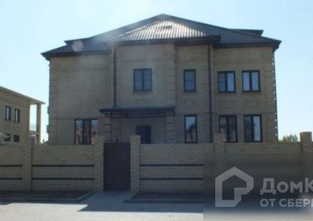 Продаётся 3-этажный дом, 790 м²