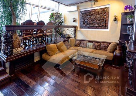 Продаётся 6-комнатная квартира, 204 м²