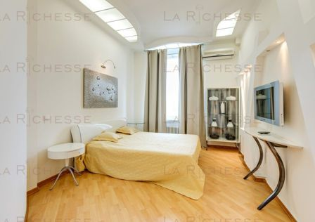 Продаётся 3-комнатная квартира, 116 м²