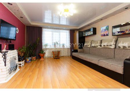 Продаётся 4-комнатная квартира, 107.8 м²