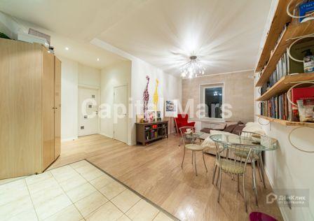 Продаётся 4-комнатная квартира, 68.9 м²