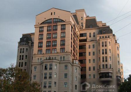 Продаётся 4-комнатная квартира, 302.9 м²