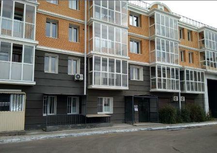 Продаётся 3-комнатная квартира, 125 м²