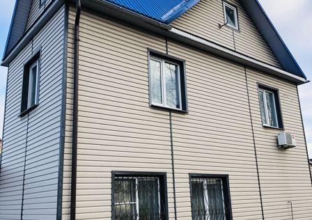 Продаётся 2-этажный дом, 114 м²