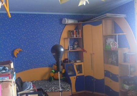 Продаётся 4-комнатная квартира, 106.1 м²