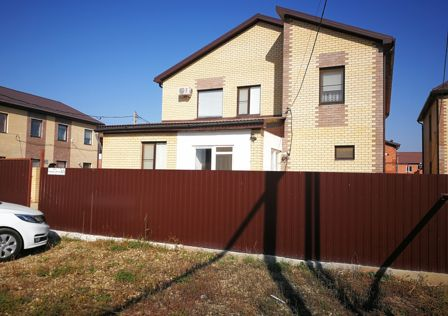 Продаётся 2-этажный дом, 160 м²