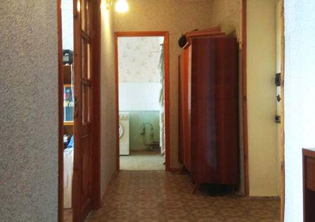 Продаётся 4-комнатная квартира, 72.3 м²