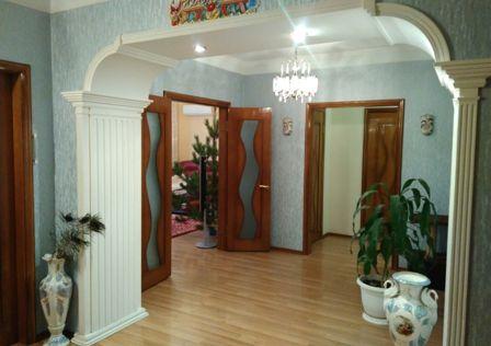 Продаётся 4-комнатная квартира, 119.7 м²