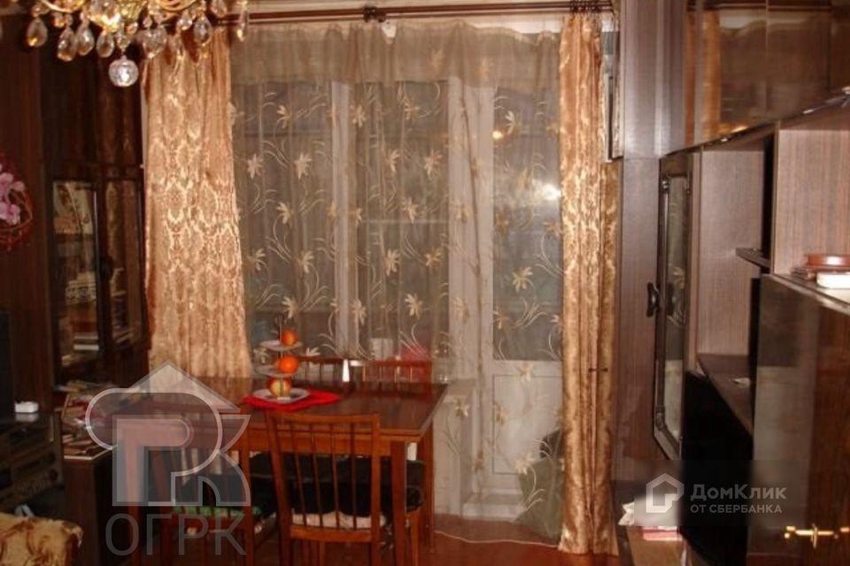 Продаётся 2-комнатная квартира, 41.8 м²
