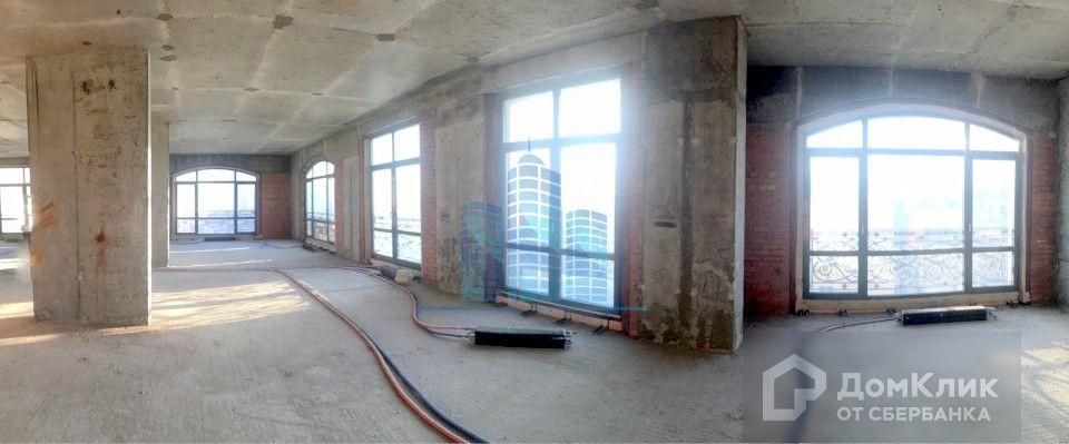 Продаётся 9-комнатная квартира, 388 м²