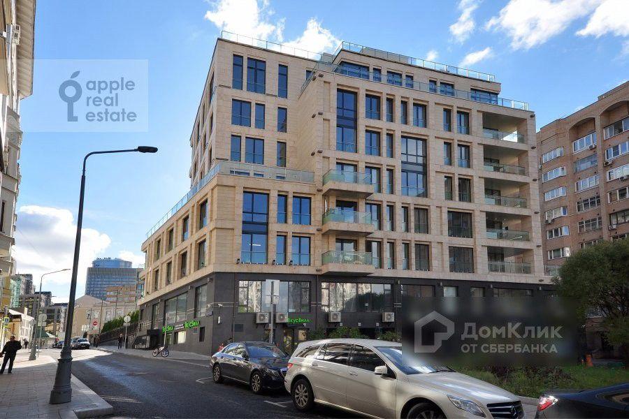 Продаётся 5-комнатная квартира, 295 м²