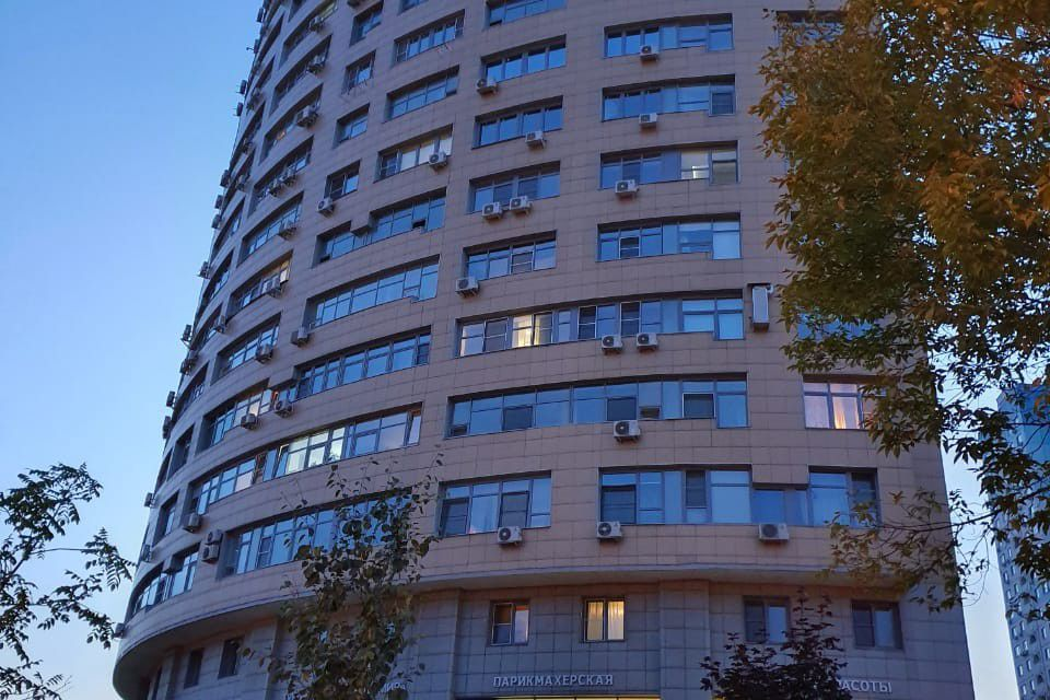 Продаётся 2-комнатная квартира, 65.2 м²
