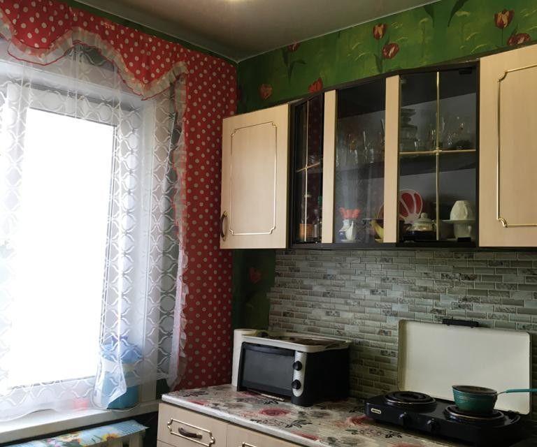 Продаётся 3-комнатная квартира, 55.9 м²