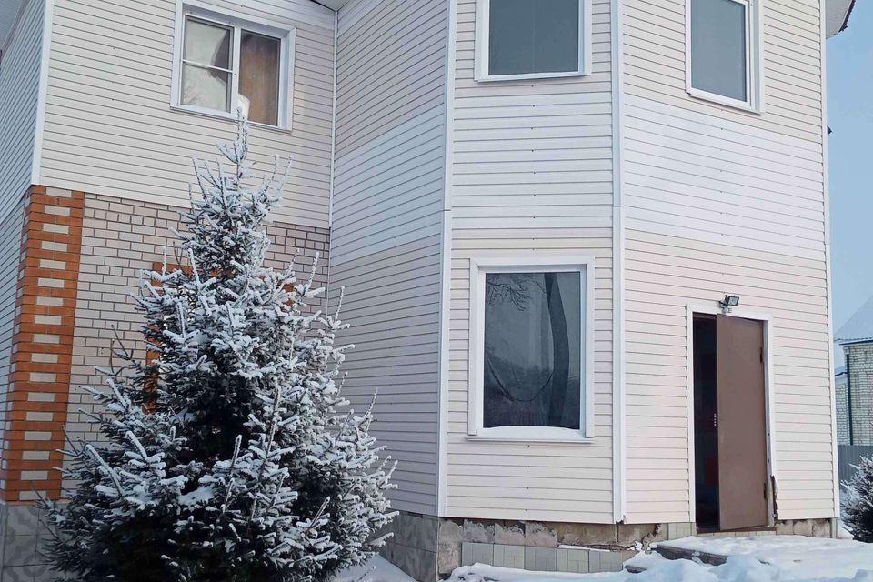 Продаётся 3-этажный дом, 265 м²