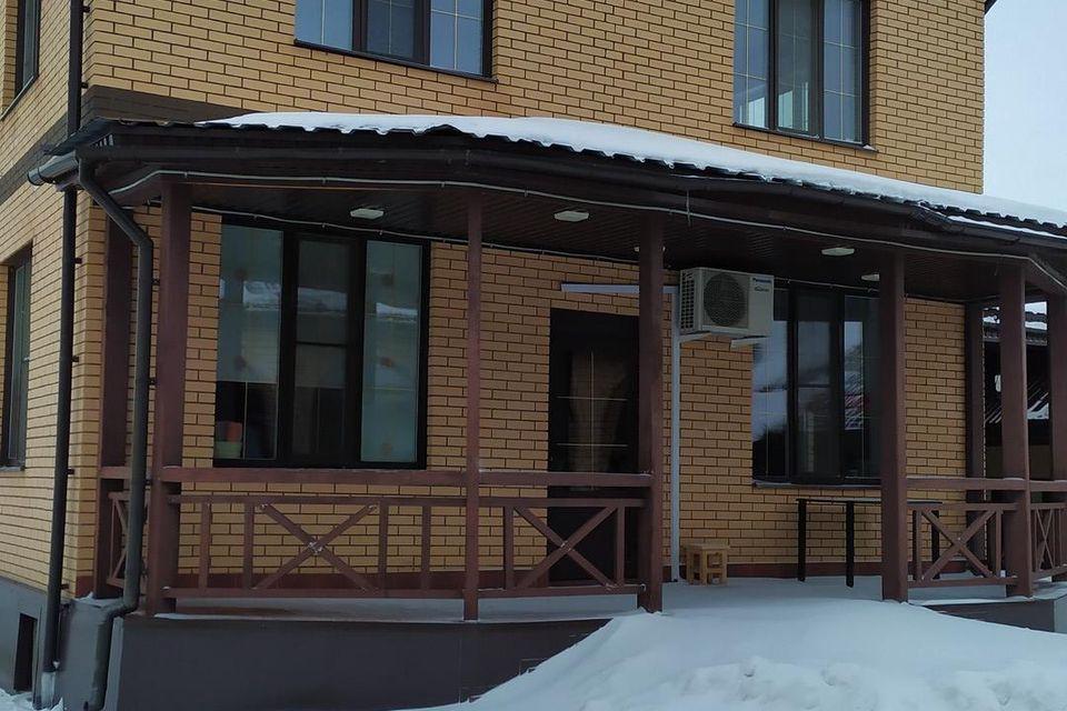 Продаётся 3-этажный дом, 227 м²